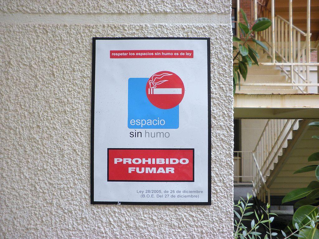 1024px espacio sin humos prohibido fumar
