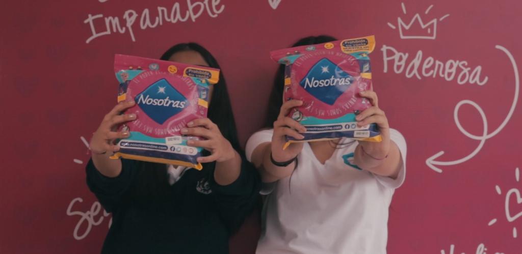 la marca nosotras vuelve con sus jornadas educativas sobre la pubertad foto colegios