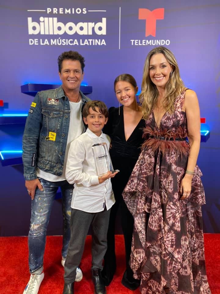 Carlos Vives, Elena Vives, Claudia Elena Vasquez y Pedro Vives