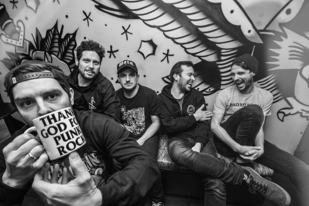la banda colombiana lapm presenta su nuevo disco laberinto lapm 4