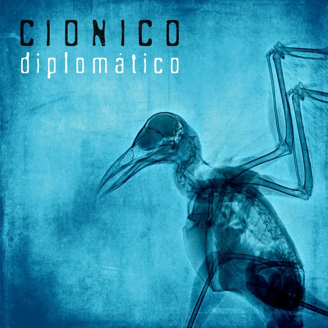 la banda latinoamericana cionico lanza diplomatico cionico diplomatico 4
