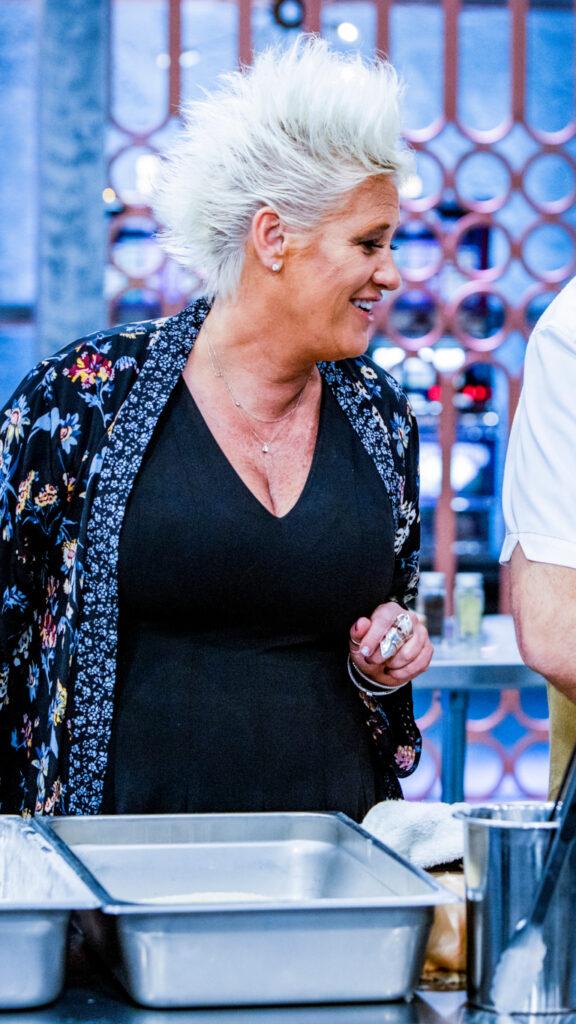 """Anne Burrell en """"El Mejor Chef de Las Vegas"""""""