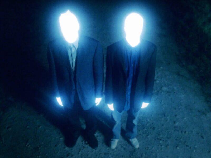 dos seres de luz generan panico tras su aparicion en varias ciudades latinoamericanas amenazzy 1